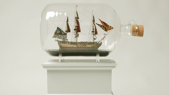 Nelson&#x27;s Ship in a Bottle by Yinka Shonibare, 2007.