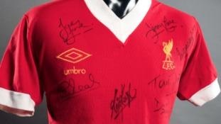 Fairclough's signed no 12 shirt