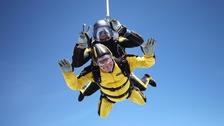Verdun Hayes skydiving
