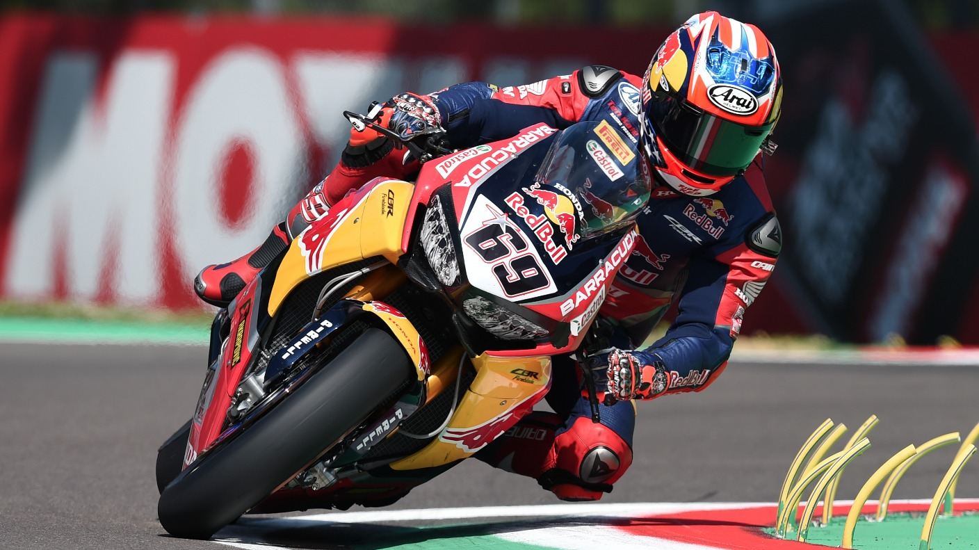 Former MotoGP world champion Nicky Hayden remains in intensive care after cycling accident - ITV ...