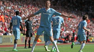 Peter Crouch scores to sink his former club Southampton as Stoke take all three points on the road