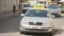 'One price for all' system to be introduced to taxi drivers