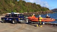Stranraer RNLI rescuing a speedboat