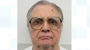 'Houdini' murderer who escaped death penalty seven times is given lethal injection after 35 years on death row