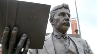 A statue of Arnold Bennett has been erected in Stoke-On-Trent.