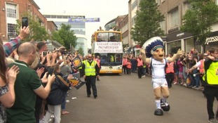 Thousands turn out to celebrate Exeter Chief's title win