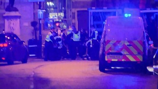 London Bridge: 'Van hits pedestrians' in 'major police incident'