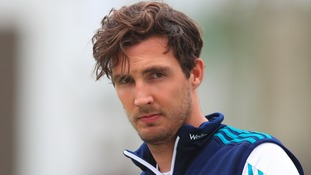 Finn called up to replace Woakes in England squad
