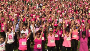 Temple Newsam turns pink as thousands run Race for Life