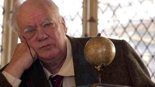 The Sky At Night's Sir Patrick Moore dies aged 89