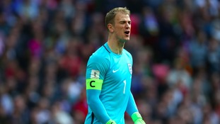 Hart waiting waiting on offers to leave Man City
