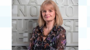 Dr Diana Owen