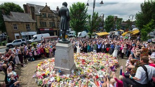 Members of the public pay tribute to Labour MP Jo Cox in Birstall