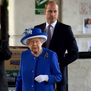The Queen and Duke of Cambridge arrive to meet members of the community