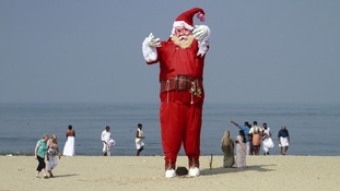 Pictures of the day Santa