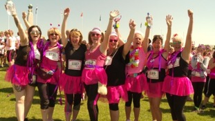 Nearly two thousand women take part in Plymouth Race For Life