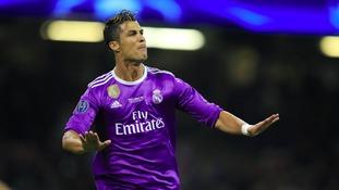 Bayern Munich laugh off rumours of Ronaldo deal