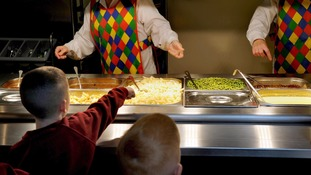 A plan to scrap universal free school lunches is no longer on the government agenda.