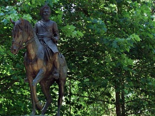 A statue of the Maharajah Duleep Singh