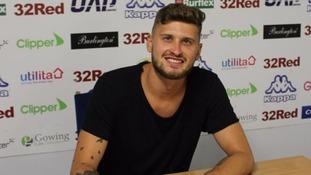 Leeds United sign Mateusz Klich