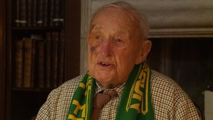Devoted Norwich City fan Maurice Sills dies at 101