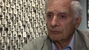 """""""I will be heard"""": Holocaust survivor shares moving story using 3D technology"""