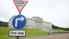 Stormont talks to restore power-sharing