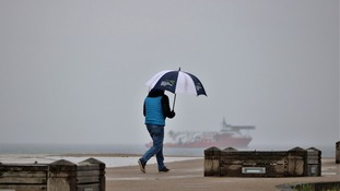 Weather: Outbreaks of rain continue