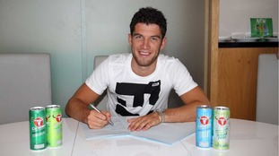 Reading sign Dutch youth international Pelle Clement from Ajax