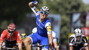 Kittel took another stage win of Le Tour de France.