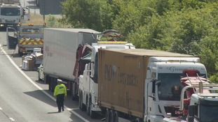 Man taken to hospital after two lorries crash on M20