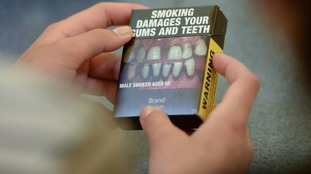 plain tobacco packaging