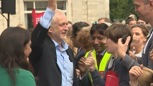 Hundreds turnout to Corbyn rally in Southampton