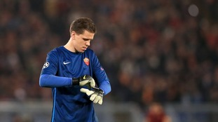 Arsenal goalkeeper Szczesny set to sign for Juventus after arriving in Turin for medical