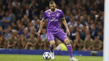 Could Benzema be the second Frenchman to join Arsenal this summer?