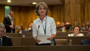 Elizabeth Campbell asked to direct her maiden speech as leader towards the public gallery.