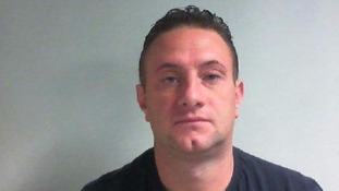 Conman jailed over £17,000 fraud