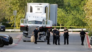 Ten dead after 'more than 100' people found packed into back of truck in Texas