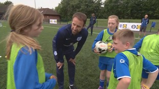 Gareth Southgate takes schoolchildren by surprise with coaching session