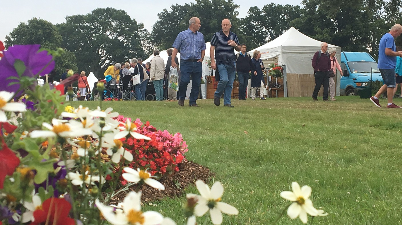 Blooming marvellous sandringham displays ready for their royal guests anglia itv news - Royal flower show ...
