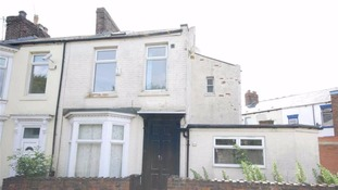 House goes on the market for just £1 - but what's the catch?