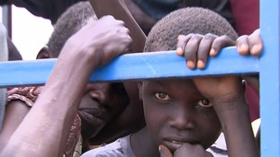 South Sudan: Number of refugees fleeing to Uganda close to one million as brutal civil war rages