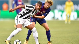 Southampton sign midfielder Lemina from Juventus