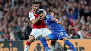 Mahrez holds of Arsenal's Kolasinac.