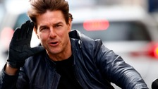 Tom Cruise apparently injured during film stunt