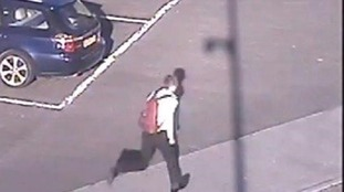 Police appeal for man who touched jogger's bottom
