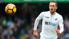 Sigurdsson due to undergo medical ahead of Everton move