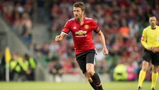 New Manchester United captain Michael Carrick not frustrated over playing time this season