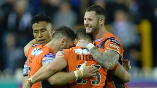 Castleford Tigers capture League Leaders' Shield for the first time
