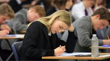 Teenagers to receive first GCSEs under new grading system